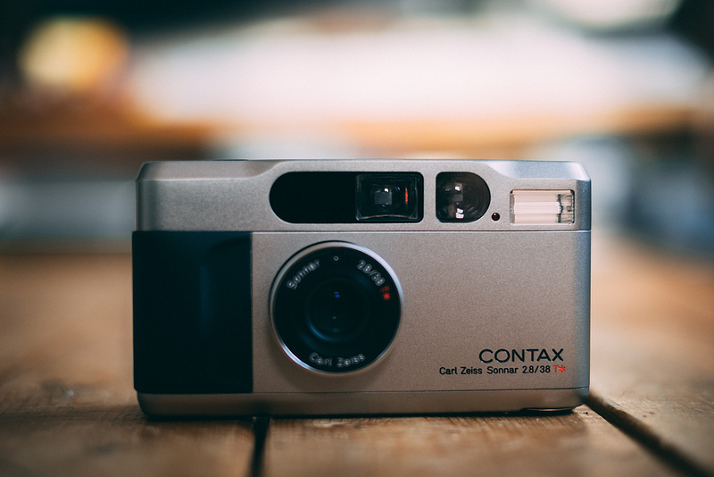 CONTAX T2!!!