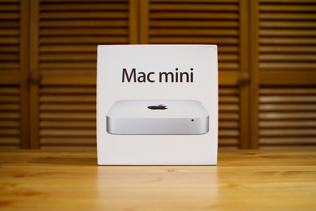 Mac mini 500GB MC815J/A [2300]